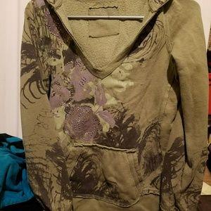 Floral Embellished V Neck Sweatshirt w/Thumb holes